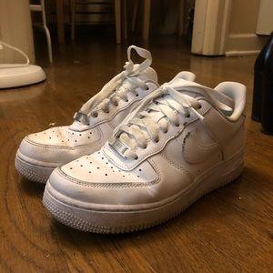 Used Nike Air Force 1
